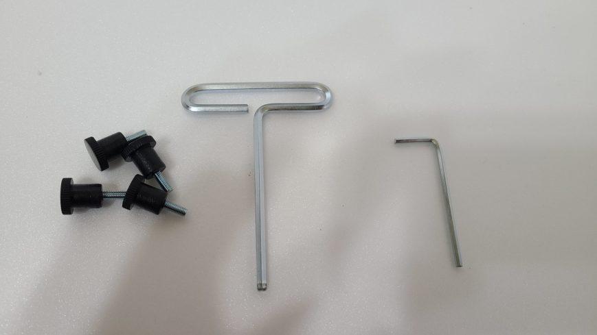 エルゴトロンLXの付属品:クランプ仕様で使う部品
